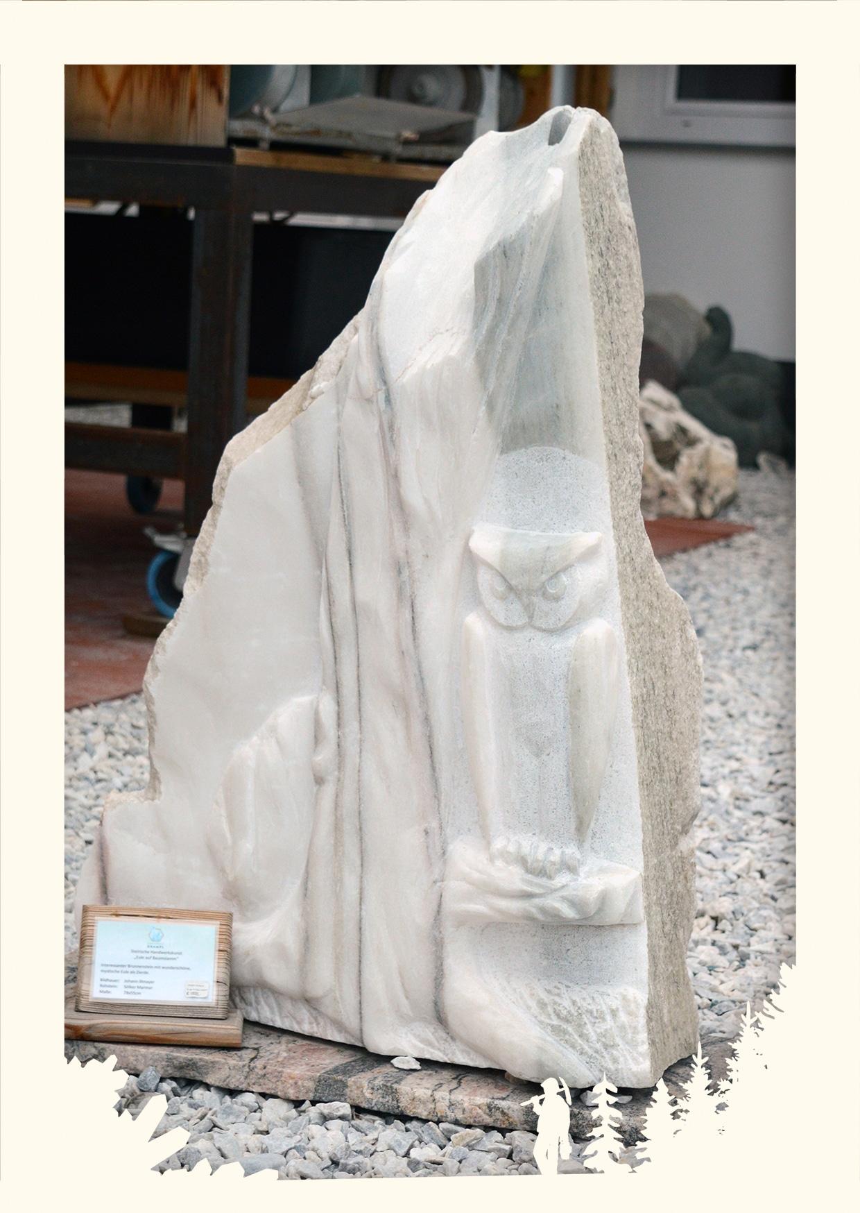 Relief Eule auf Baumstamm Image